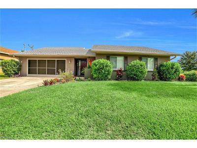 Cape Coral Single Family Home For Sale: 1709 SE 14th St