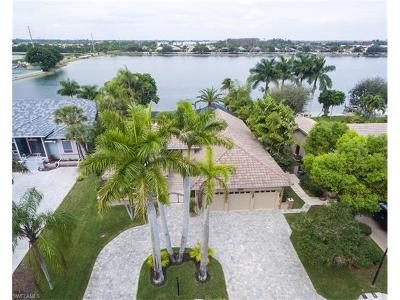Fort Myers Single Family Home For Sale: 5240 Harborage Dr