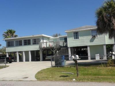 Fort Myers Single Family Home For Sale: 11380/382 Kimble Dr