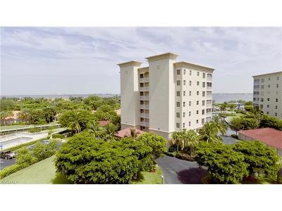Fort Myers Condo/Townhouse For Sale: 15160 Harbour Isle Dr #202
