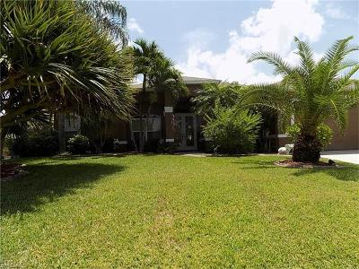 Cape Coral Single Family Home For Sale: 4913 SW 25th Pl