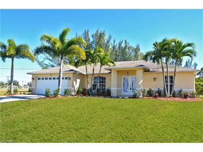 Cape Coral, Matlacha Single Family Home For Sale: 3411 SW 17th Pl