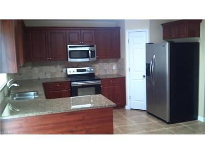 Lehigh Acres Single Family Home For Sale: 1933 Wanda Ave N