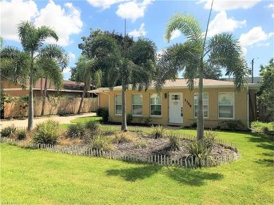Naples Single Family Home For Sale: 1346 Center Ln