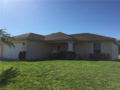 Cape Coral Single Family Home For Sale: 1858 Diplomat Pky W
