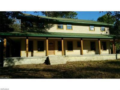 Fort Myers Single Family Home For Sale: 5751 Jackson Rd