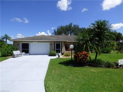 Lehigh Acres Single Family Home For Sale: 19923 Lake Vista Cir