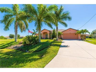 Cape Coral Single Family Home For Sale: 211 NW 26th Ave