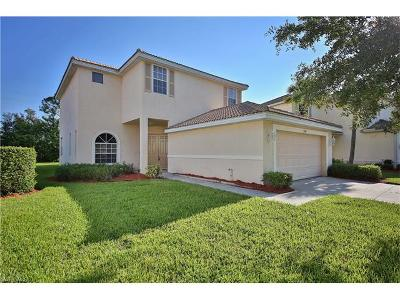 Bonita Springs, Cape Coral, Fort Myers, Fort Myers Beach Single Family Home For Sale: 2742 Blue Cypress Lake Ct