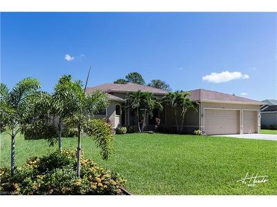 North Fort Myers Single Family Home For Sale: 6721 Matt Pledger Ct