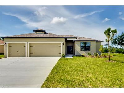 Cape Coral FL Single Family Home For Sale: $273,900