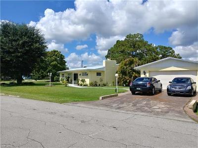 Lehigh Acres Single Family Home For Sale: 301 Ohio Rd
