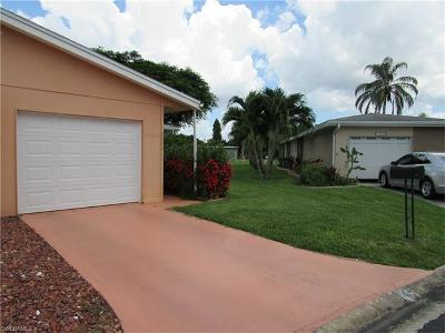 Fort Myers Condo/Townhouse For Sale: 2224 Caracas Ct