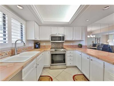 Fort Myers Condo/Townhouse For Sale: 4120 Steamboat Bend E #503