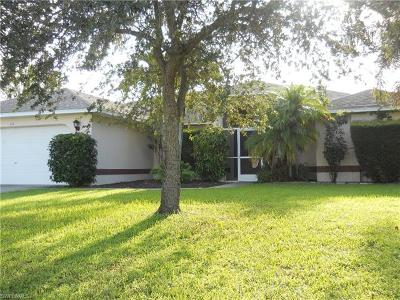 Cape Coral Single Family Home For Sale: 111 SE 13th Ave