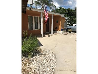 Fort Myers Single Family Home For Sale: 4125 Mandarin Ct