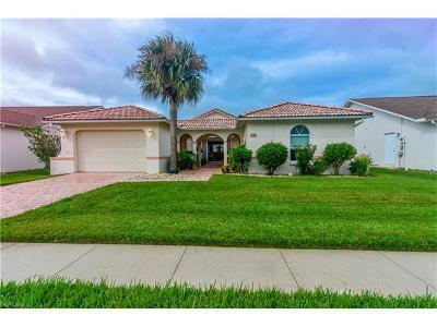 Single Family Home For Sale: 3285 Sabal Springs Blvd