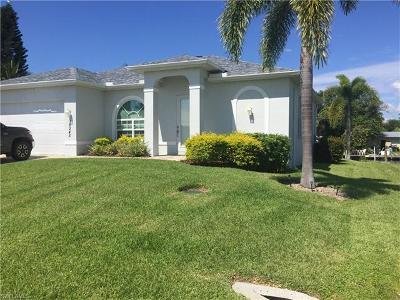 Bokeelia Single Family Home For Sale: 16245 Buccaneer St