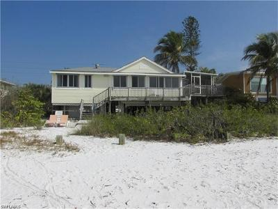 Fort Myers Beach Single Family Home For Sale: 3970 Estero Blvd