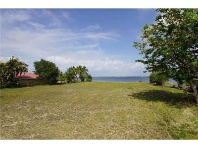 Cape Coral Residential Lots & Land For Sale: 3421 SE 22nd Pl