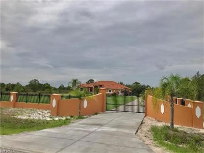 Naples Single Family Home For Sale: 3584 56th Ave NE