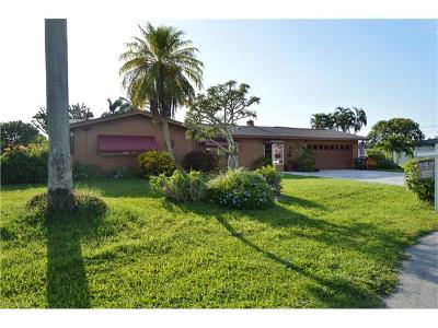 Cape Coral, Matlacha Single Family Home For Sale: 1408 Willshire Ct