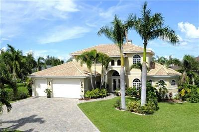 Cape Coral Single Family Home For Sale: 4237 SW 23rd Ave