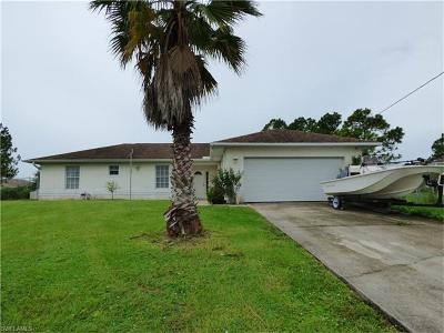 Lehigh Acres Single Family Home For Sale: 378 Butler Ave S