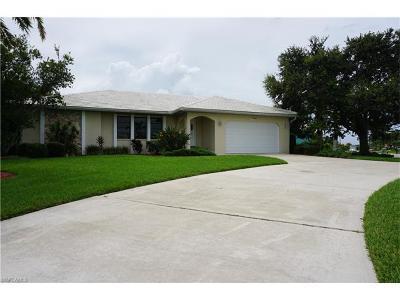 Punta Gorda Single Family Home For Sale: 2361 Saint David Island Ct
