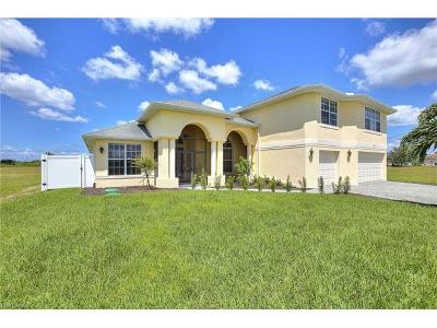 Cape Coral Single Family Home For Sale: 3533 NW 21st St