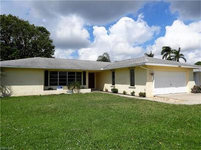 Cape Coral Single Family Home For Sale: 5318 Malaluka Ct