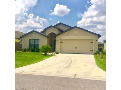 Lehigh Acres Single Family Home For Sale: 170 Shadowview Ct