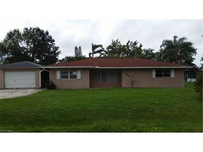 Fort Myers Single Family Home For Sale: 144 Coral Dr