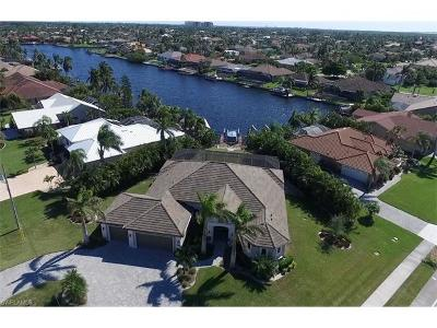 Cape Coral Single Family Home For Sale: 2726 SW 48th Ter