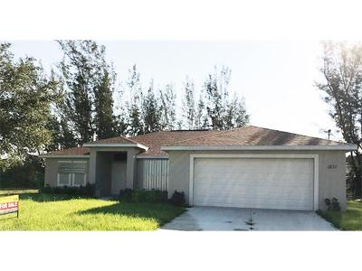 Cape Coral Single Family Home For Sale: 1831 SW 15th Pl