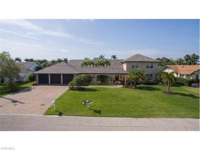 Cape Coral Single Family Home For Sale: 1524 SW 52nd Ln