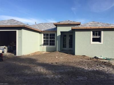 Bokeelia Single Family Home For Sale: 5772 Samoa Dr