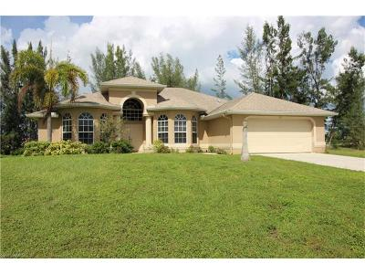 Cape Coral Single Family Home For Sale: 627 SW 22nd Ter