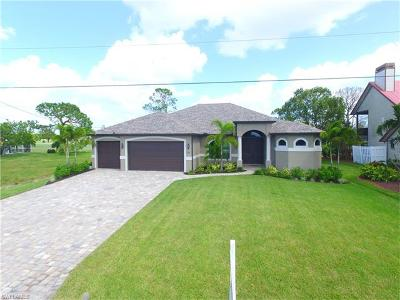 Cape Coral Single Family Home For Sale: 1507 NW 26th Pl