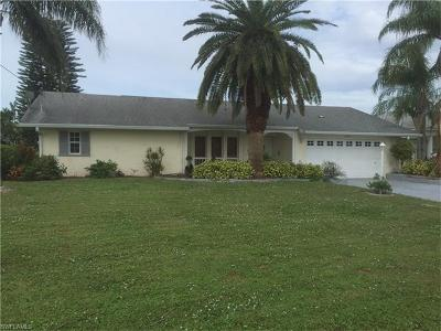 Cape Coral Single Family Home For Sale: 3906 SE 13th Ave