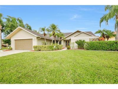 Cape Coral Single Family Home For Sale: 717 SW 49th Ln