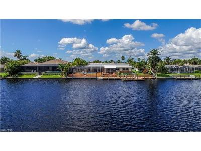 Cape Coral Single Family Home For Sale: 5003 Pelican Blvd