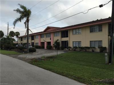 Cape Coral Condo/Townhouse For Sale: 4901 Victoria Dr #201