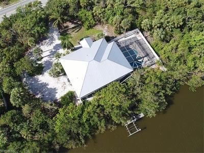 Single Family Home For Sale: 5690 Sanibel Captiva Rd