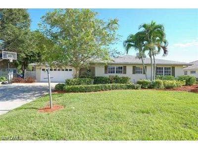 Fort Myers Single Family Home For Sale: 1377 Sheffield Way