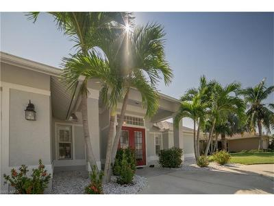 Bonita Springs, Cape Coral, Fort Myers, Fort Myers Beach Single Family Home For Sale: 115 SE 15th Ave