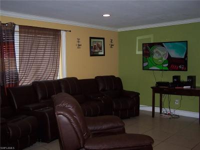 Naples Single Family Home For Sale: 5366 Broward St