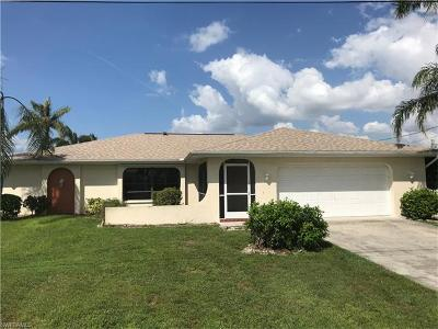 Cape Coral Single Family Home For Sale: 1809 SE 7th St