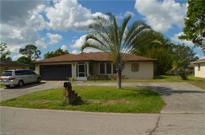 Lehigh Acres Single Family Home For Sale: 428 Cactus Cir