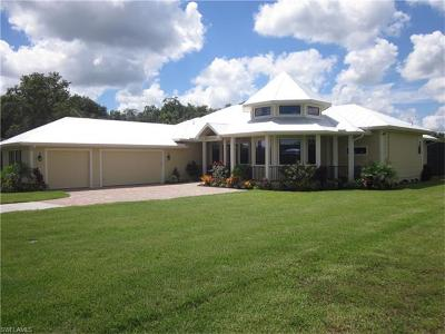 Fort Myers Single Family Home For Sale: 12472 Limestone Ct
